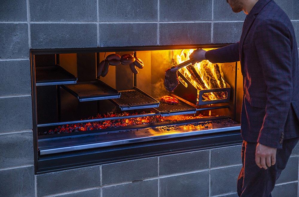 EK Fireplace Kitchen