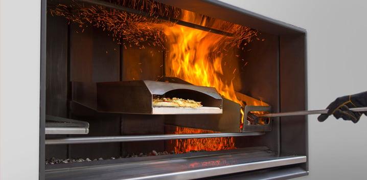 Escea Feature: Pizza Oven Accessory