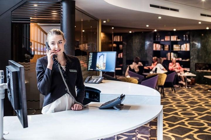 Award Winning Hotel Makes Bold Design Move with Escea