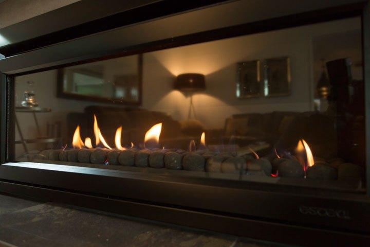 Escea DL1100 gas fireplace